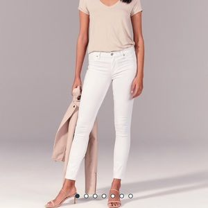 Abercrombie and Fitch Mid Rise Jean Leggings
